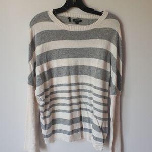 Buffalo white and grey knit sweater